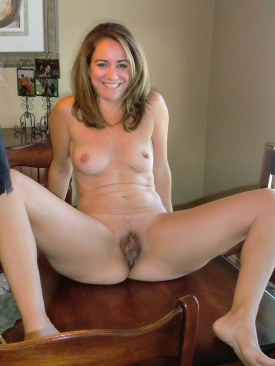 Hot Sexy Moms - Hot Moms Naked Photos