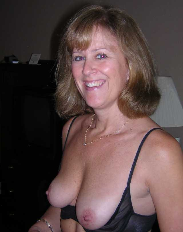 www escort girl milf dating